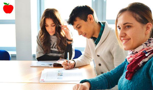 Firmenkurs in Hamburg: Englisch, Deutsch, Spanisch, Chinesisch, Japanisch Sprachkurse